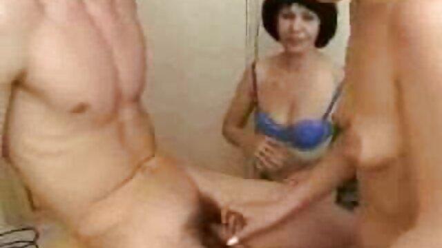 Sciocco con video porno italiani con mature il pubblico